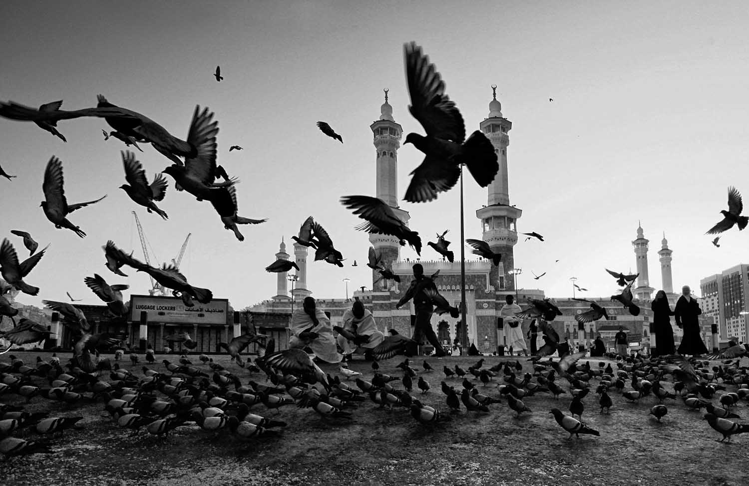 Alamsyah rauf indonesia commended open travel 2014 sony world photography awards